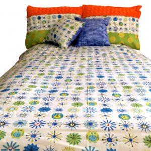 Hoot, Hoot!  Owl Theme Bunk Bed Hugger Comforter